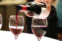 高知県産ブドウから造られるTOSAワイン